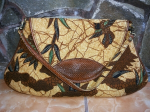 handbag batik leather